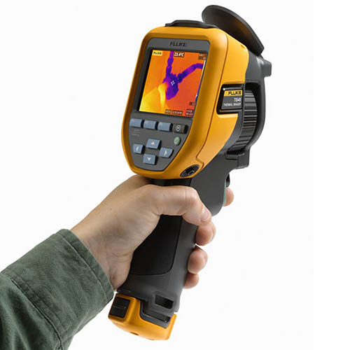 Fluke TIS45 30HZ 30 HZ, 160 x 120, Industrial-Commercial Thermal Imaging Camera (-4 - 662°F) (In Use)