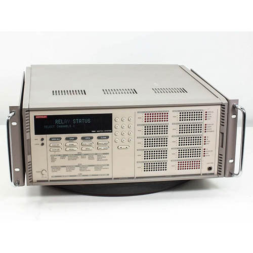 Keithley 7002 400-Channel 10-Slot Switch/Control Mainframe (Front/Top)