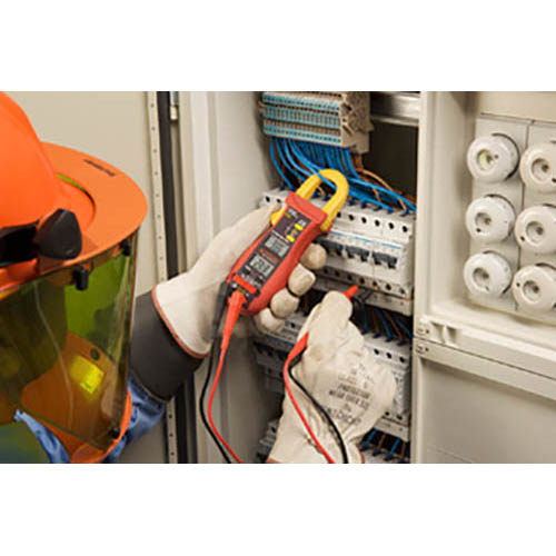 Amprobe ACD-14 TRMS-PLUS 600V/600A TRMS AC Autoranging Clamp Meter w/ Dual Display & Type-K Probe (In Action)