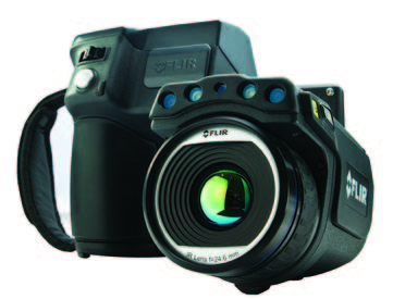 Built-in 5MP digital camera, LED lamps, laser pointer, diopter, image capture button, auto/manual focus capability, 120° rotating lens, and digital zoom