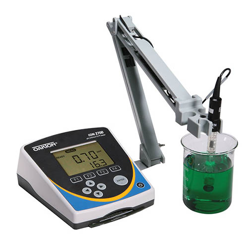 Oakton WD-35421-03 Ion 2700 pH/Ion/mV/Temperature Meter with Software, Stand & NIST